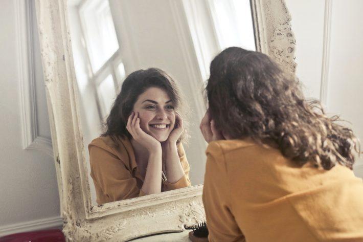 wybielanie zębów piękny uśmiech